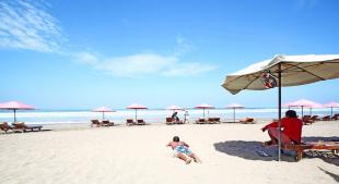 Seminyak Beach – Amazing beach with a quiet surrounding