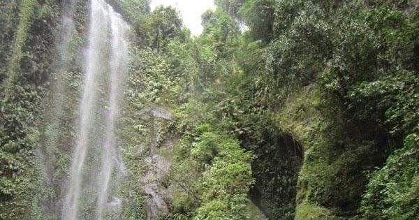 Tiu Ngumbak Waterfall