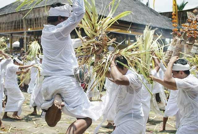Siat Sampian War Tradition in Gianyar, Bali