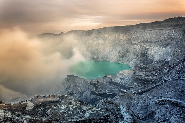 blue fire flame ijen crater