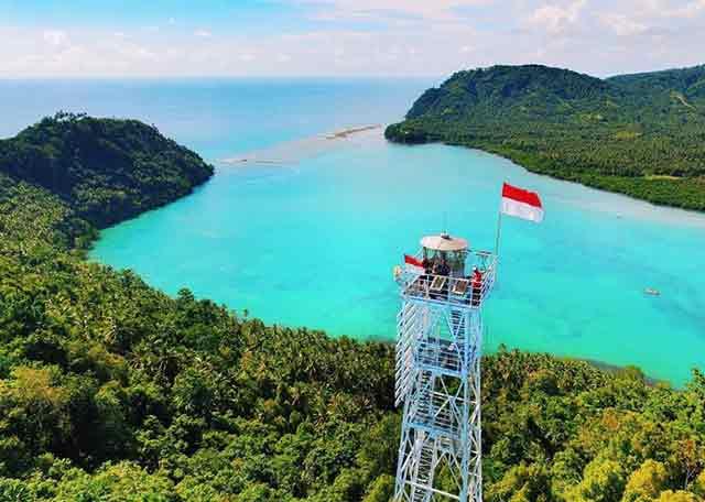 Tanjung Bobo Light House