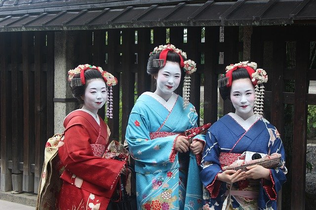 Festivals in Japan Brighten up your Life
