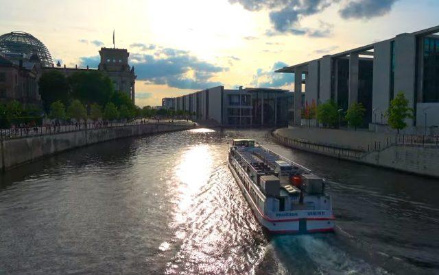 Berlin Boat Tour